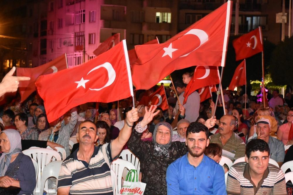 Akhisar'da demokrasi nöbeti 20'nci gününde de sürüyor 41