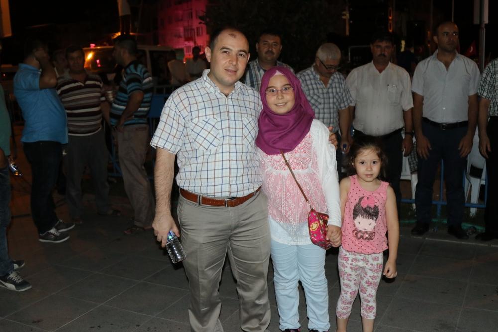 Akhisar'da demokrasi nöbetinin 21.günü 2