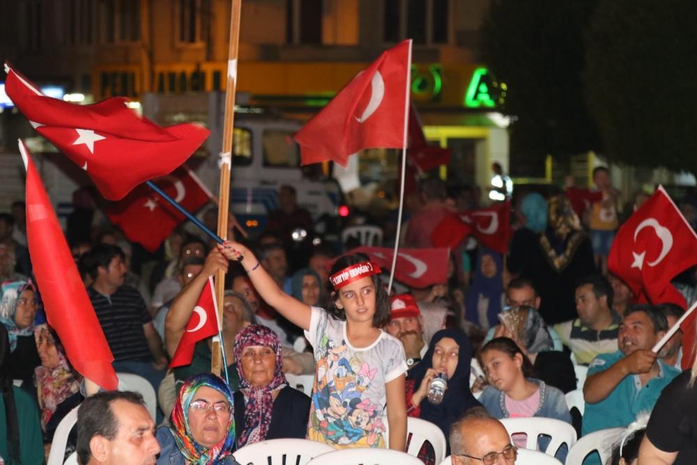 Akhisar'da demokrasi nöbetinin 21.günü 21