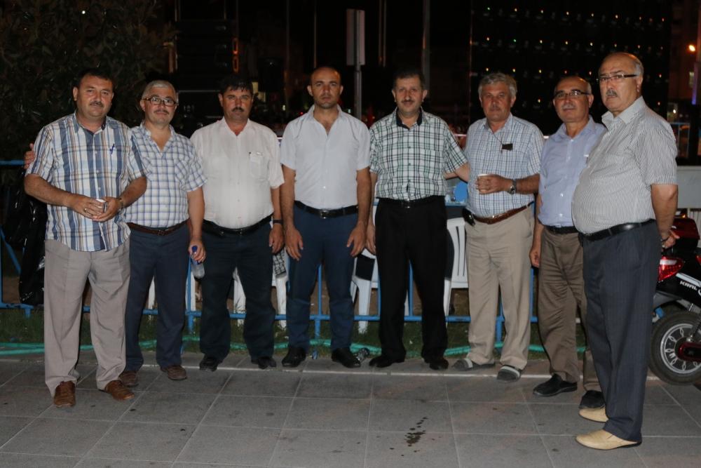 Akhisar'da demokrasi nöbetinin 21.günü galerisi resim 3