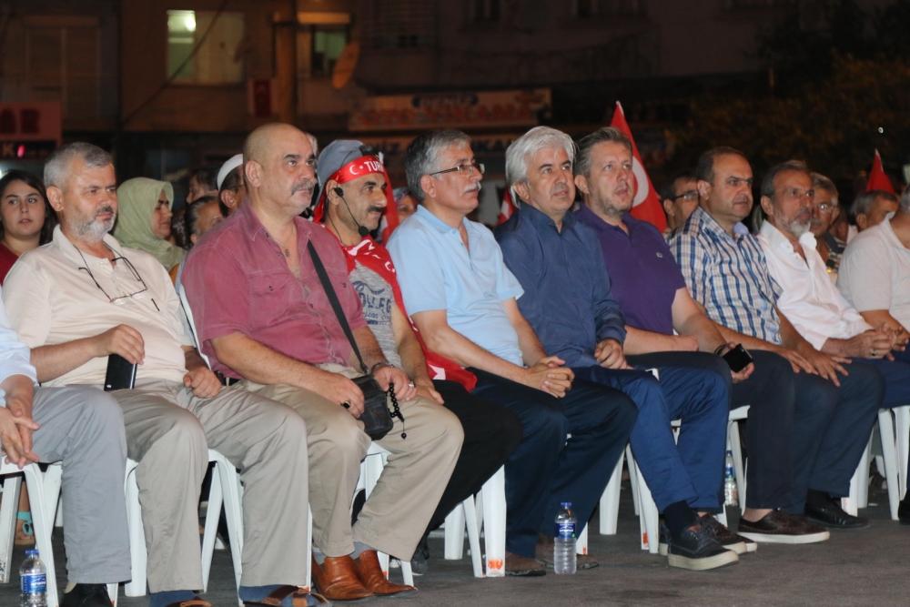 Akhisar'da demokrasi nöbetinin 21.günü 7