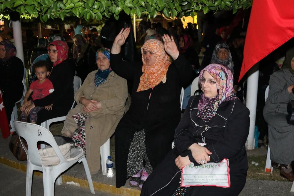 Akhisar'da Milli Egemenlik Meydanında demokrasi nöbeti 22.gün galerisi resim 38