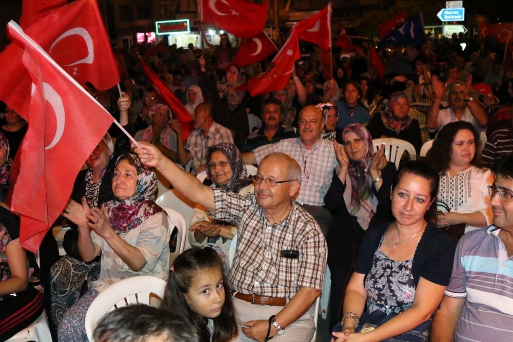 Akhisar'da Milli Egemenlik Meydanında demokrasi nöbeti 22.gün galerisi resim 45