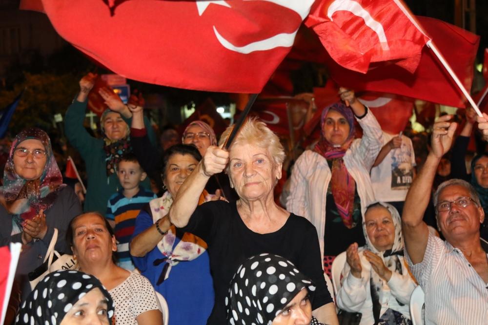 Akhisar'da Milli Egemenlik Meydanında demokrasi nöbeti 22.gün galerisi resim 47