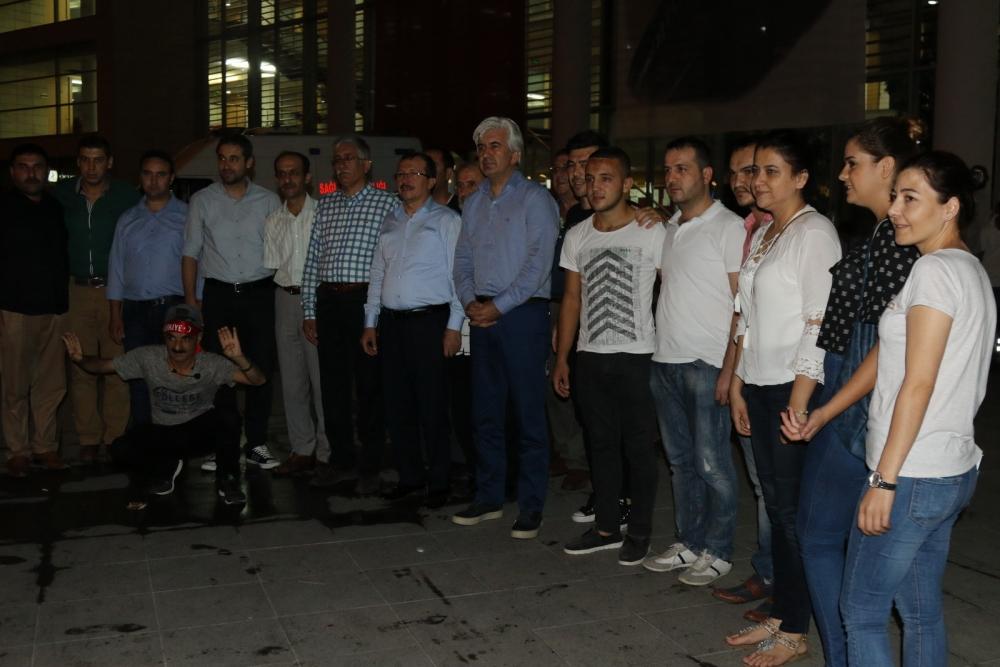 Akhisar'da Milli Egemenlik Meydanında demokrasi nöbeti 22.gün 79
