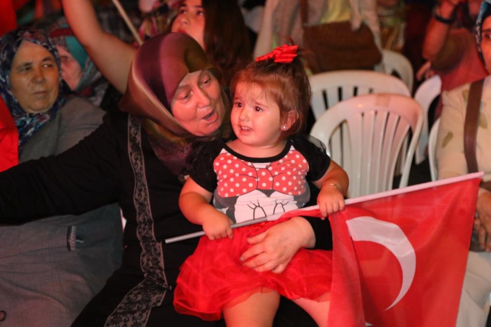 Akhisar'da demokrasi nöbetinin final günü 11