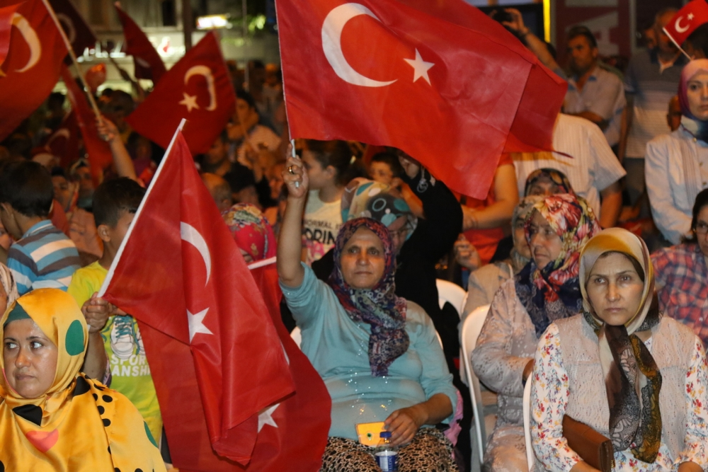 Akhisar'da demokrasi nöbetinin final günü 12