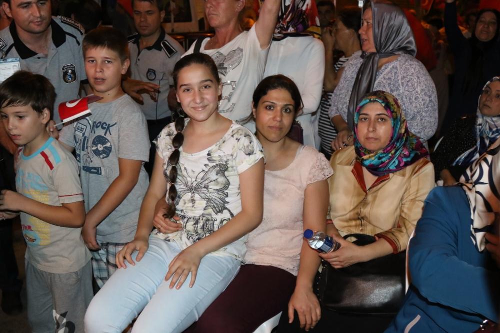 Akhisar'da demokrasi nöbetinin final günü 17