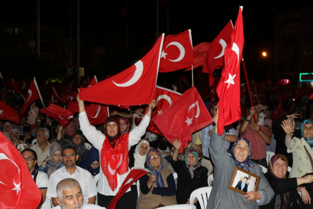 Akhisar'da demokrasi nöbetinin final günü 19
