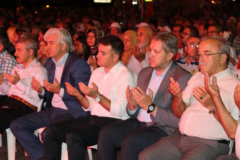 Akhisar'da demokrasi nöbetinin final günü 23