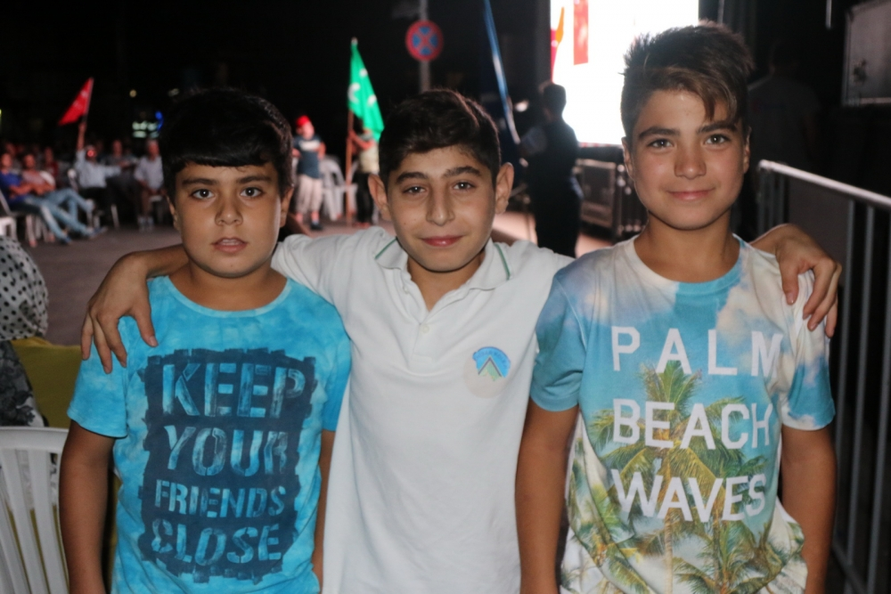 Akhisar'da demokrasi nöbetinin final günü 27