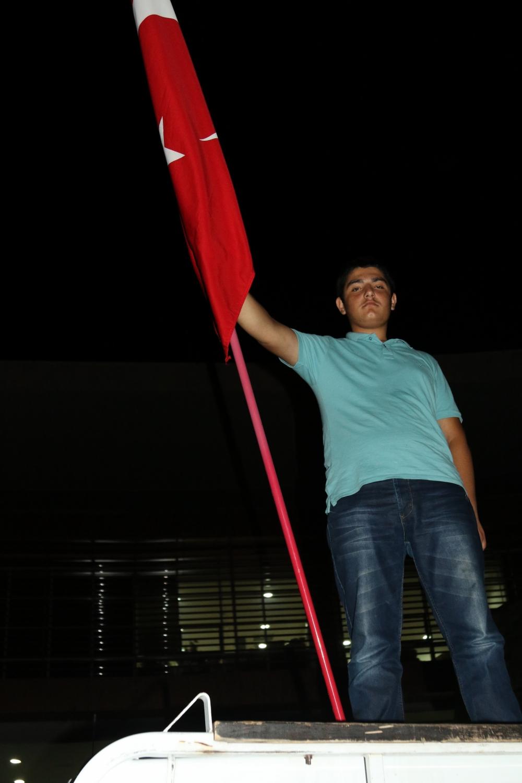 Akhisar'da demokrasi nöbetinin final günü 28