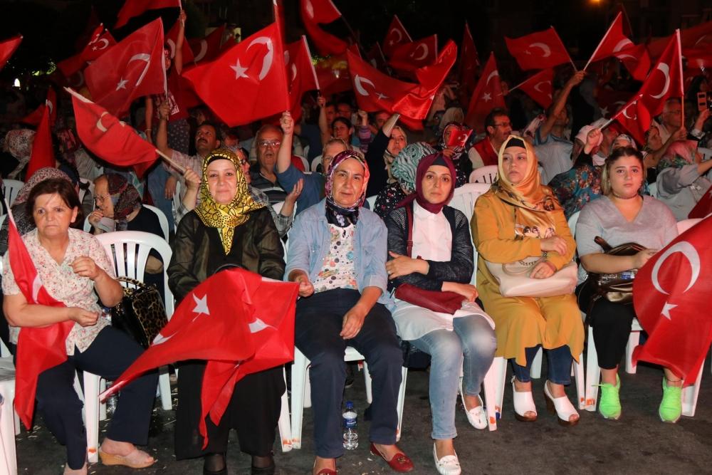 Akhisar'da demokrasi nöbetinin final günü galerisi resim 4