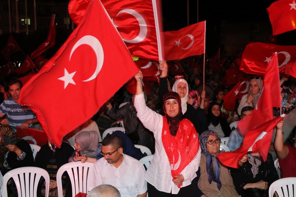 Akhisar'da demokrasi nöbetinin final günü 5
