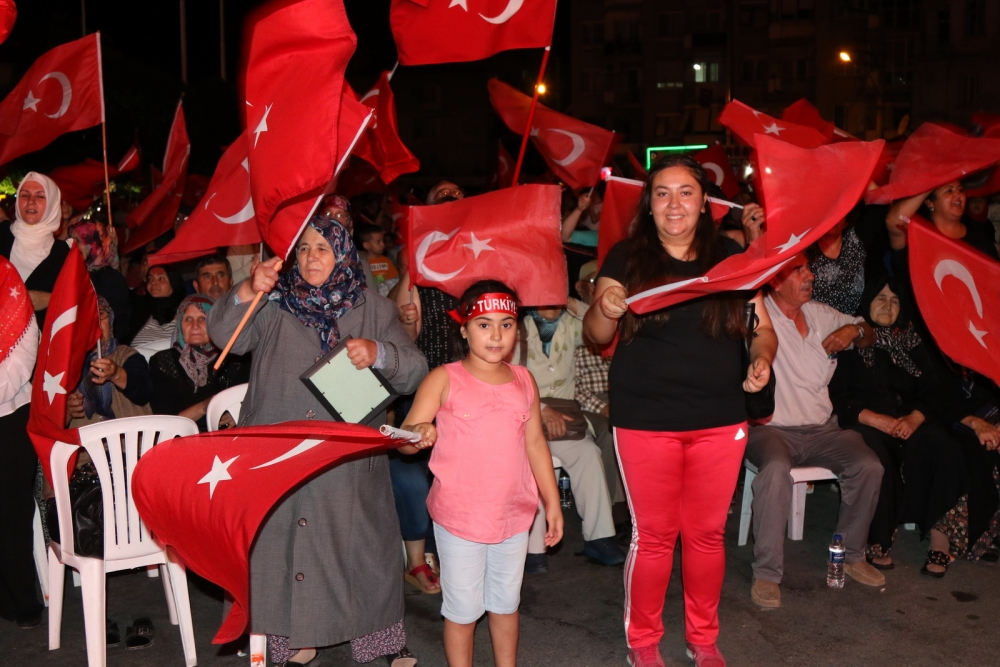 Akhisar'da demokrasi nöbetinin final günü galerisi resim 6