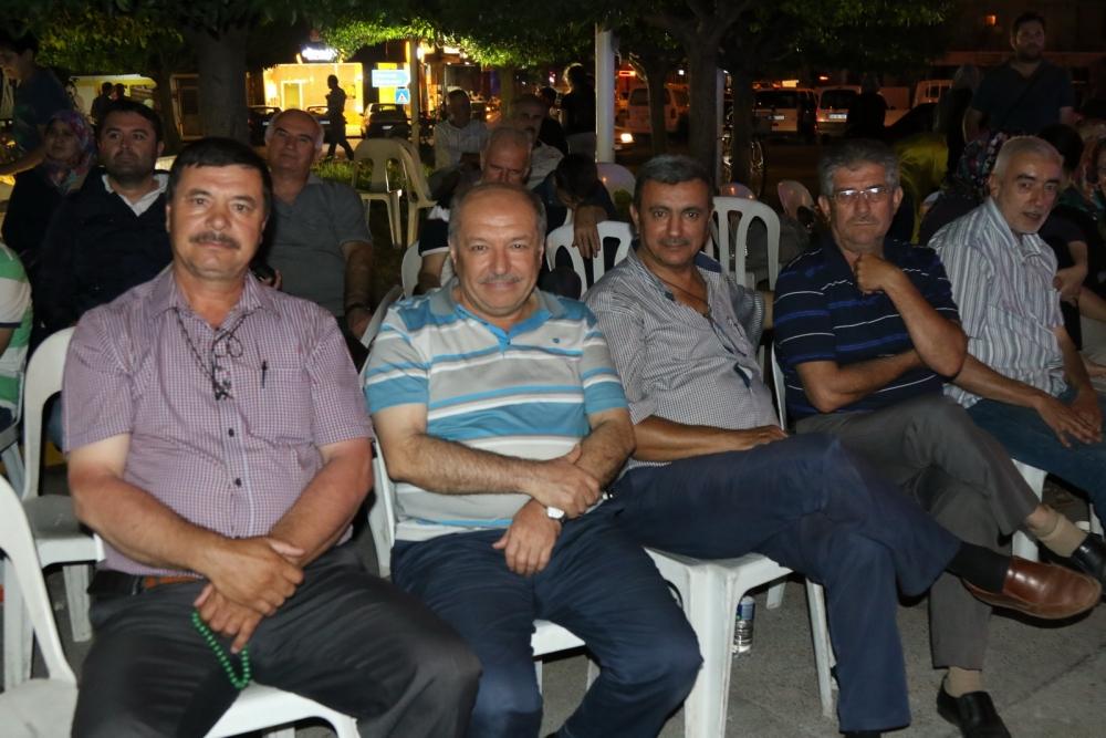 Fotoğraflarla Akhisar'da demokrasi nöbetinin 25. günü 29