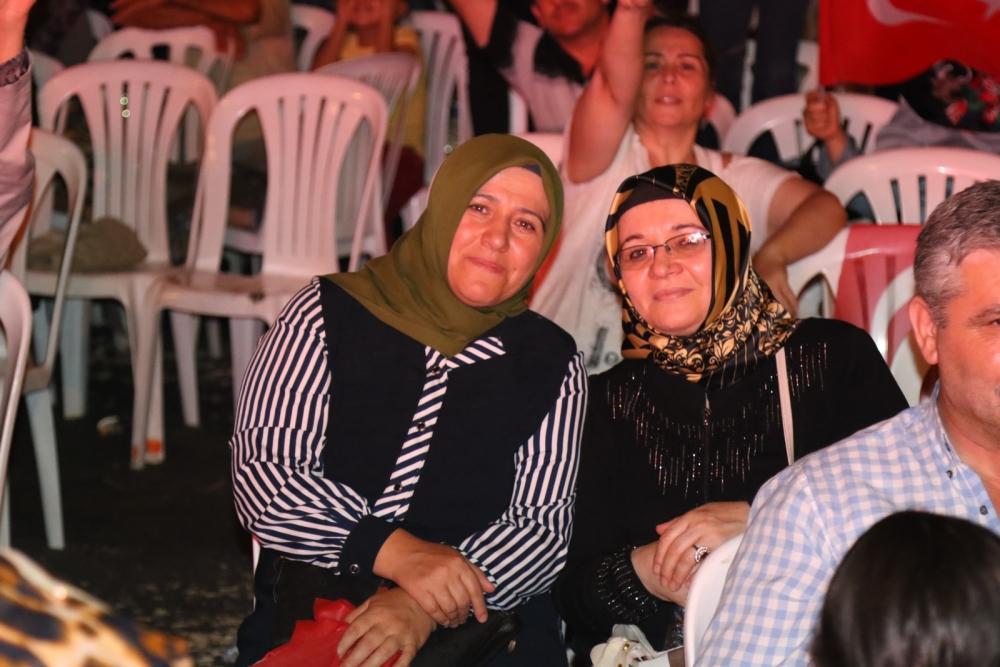 Fotoğraflarla Akhisar'da demokrasi nöbetinin 25. günü 42