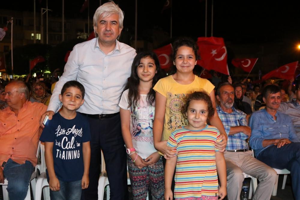 Fotoğraflarla Akhisar'da demokrasi nöbetinin 25. günü 51
