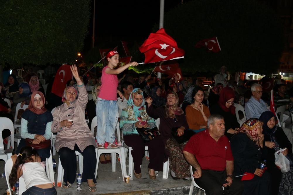 Fotoğraflarla Akhisar'da demokrasi nöbetinin 25. günü galerisi resim 66