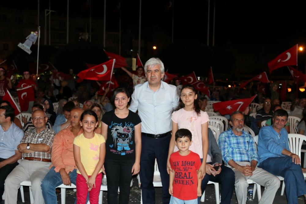 Fotoğraflarla Akhisar'da demokrasi nöbetinin 25. günü 67