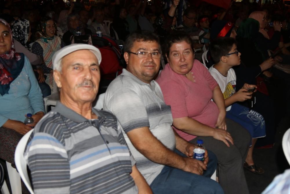Fotoğraflarla Akhisar'daki demokrasi nöbetinin 26.günü galerisi resim 10