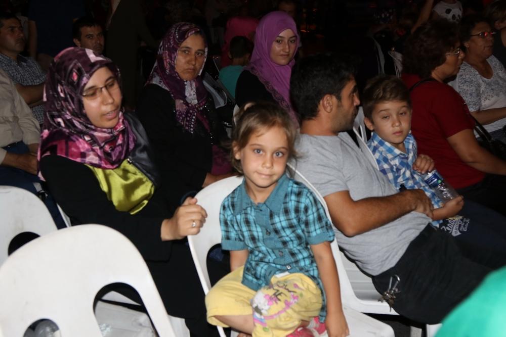 Fotoğraflarla Akhisar'daki demokrasi nöbetinin 26.günü 15