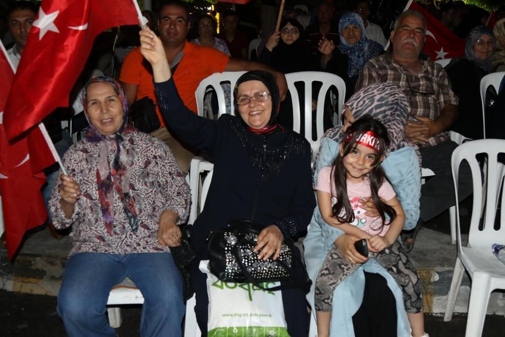 Fotoğraflarla Akhisar'daki demokrasi nöbetinin 26.günü 16