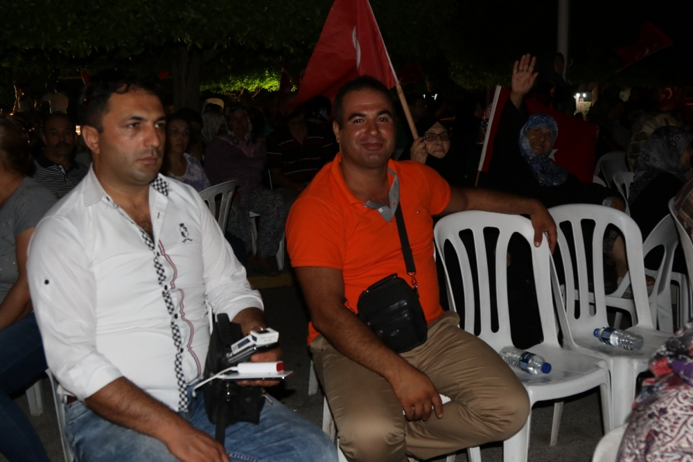 Fotoğraflarla Akhisar'daki demokrasi nöbetinin 26.günü 17