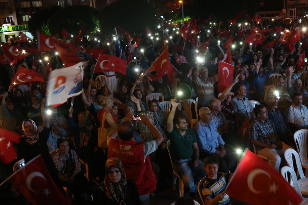 Fotoğraflarla Akhisar'daki demokrasi nöbetinin son günü 10