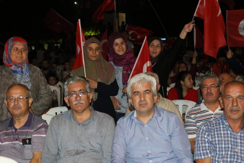Fotoğraflarla Akhisar'daki demokrasi nöbetinin son günü 26