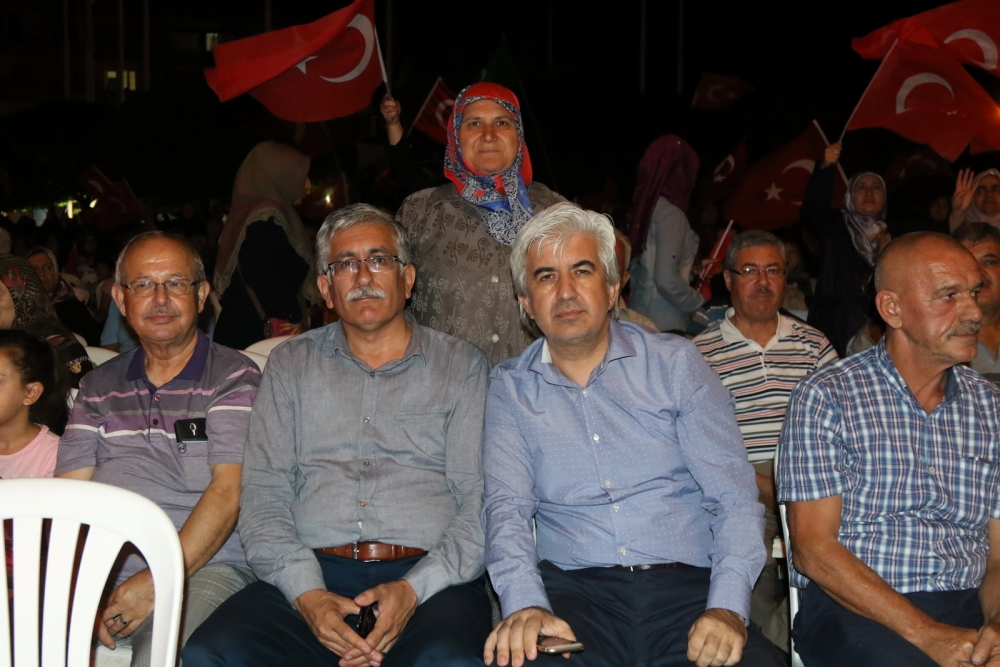 Fotoğraflarla Akhisar'daki demokrasi nöbetinin son günü galerisi resim 27