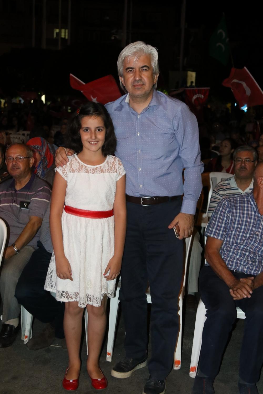 Fotoğraflarla Akhisar'daki demokrasi nöbetinin son günü 39
