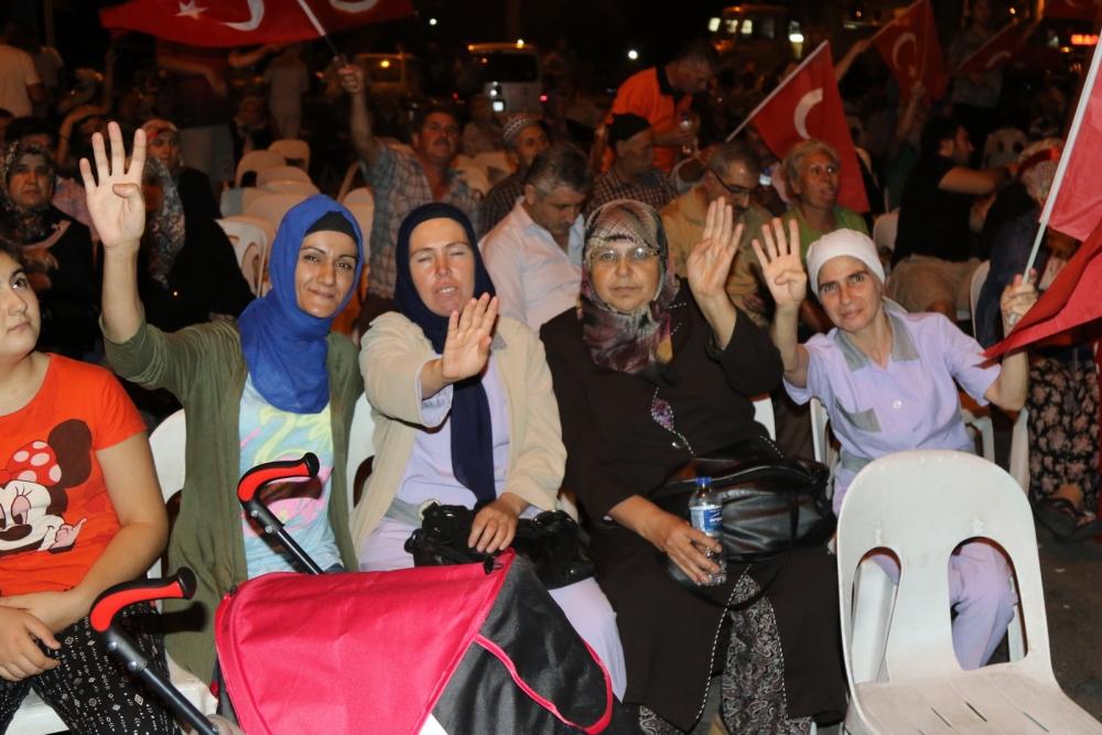 Fotoğraflarla Akhisar'daki demokrasi nöbetinin son günü galerisi resim 45