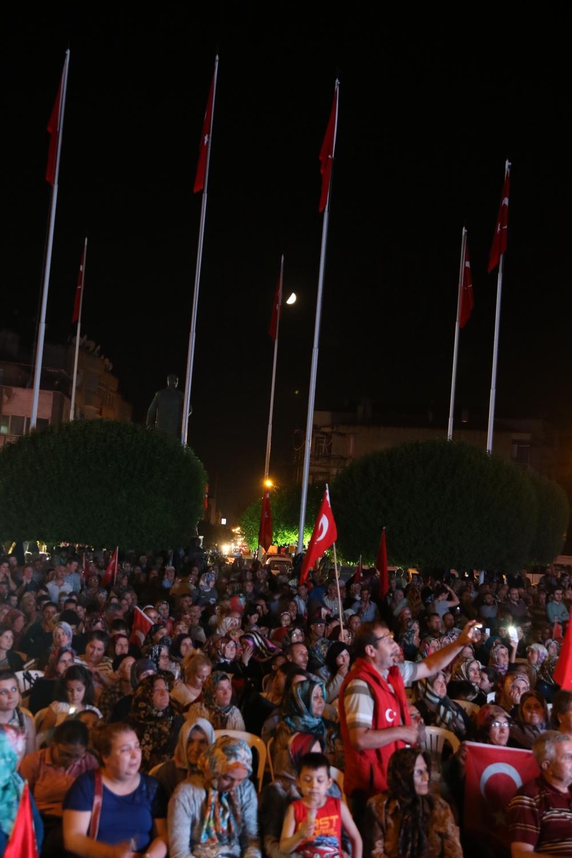 Fotoğraflarla Akhisar'daki demokrasi nöbetinin son günü galerisi resim 6
