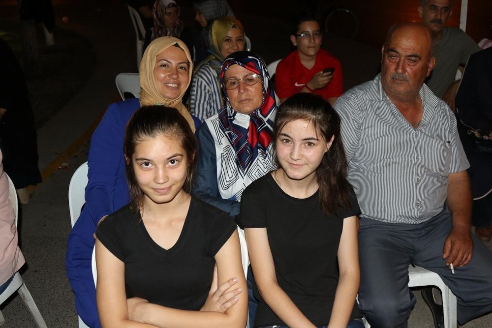 Fotoğraflarla Akhisar'daki demokrasi nöbetinin son günü 61