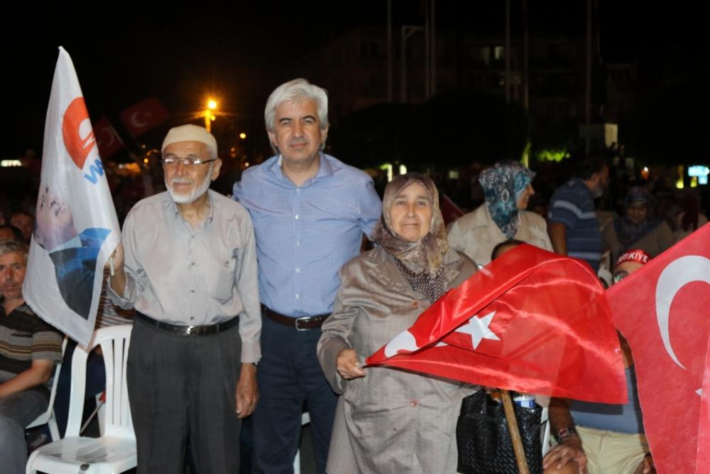 Fotoğraflarla Akhisar'daki demokrasi nöbetinin son günü 66