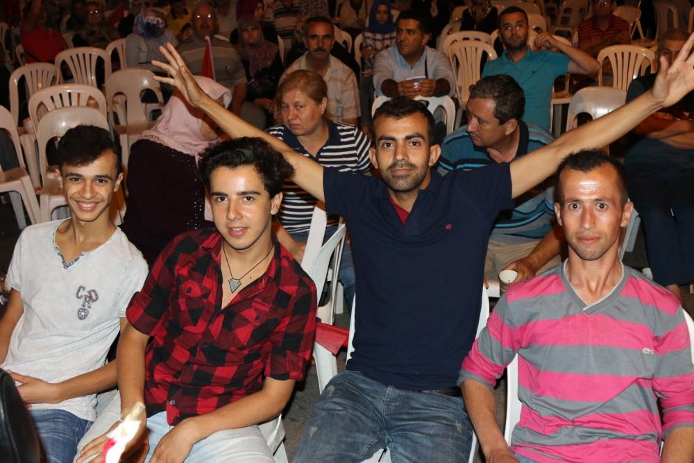 Fotoğraflarla Akhisar'daki demokrasi nöbetinin son günü 68