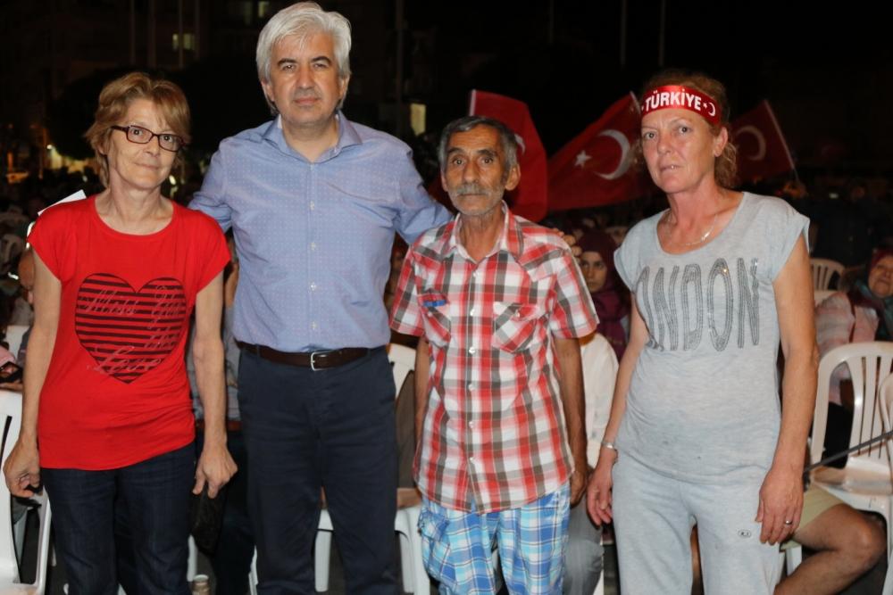 Fotoğraflarla Akhisar'daki demokrasi nöbetinin son günü galerisi resim 77