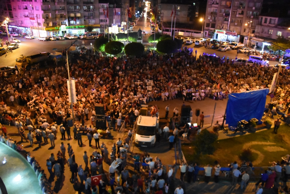 Fotoğraflarla Akhisar'daki demokrasi nöbetinin son günü galerisi resim 85