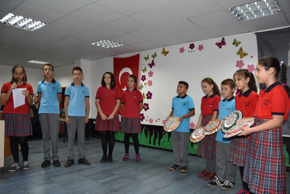 Fotoğraflarla Akhisar'da kutlanan ilköğretim haftası programı 43