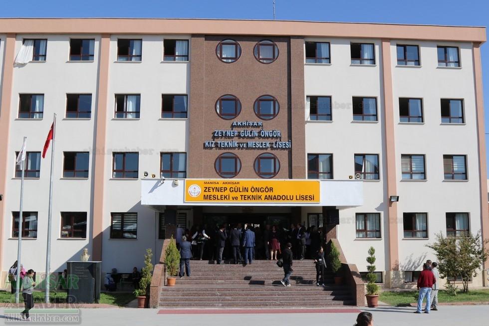 Fotoğraflarla Z.G.Ö. Kız Meslek Anadolu Lisesi Akıllı Spor Salonu Temel 104