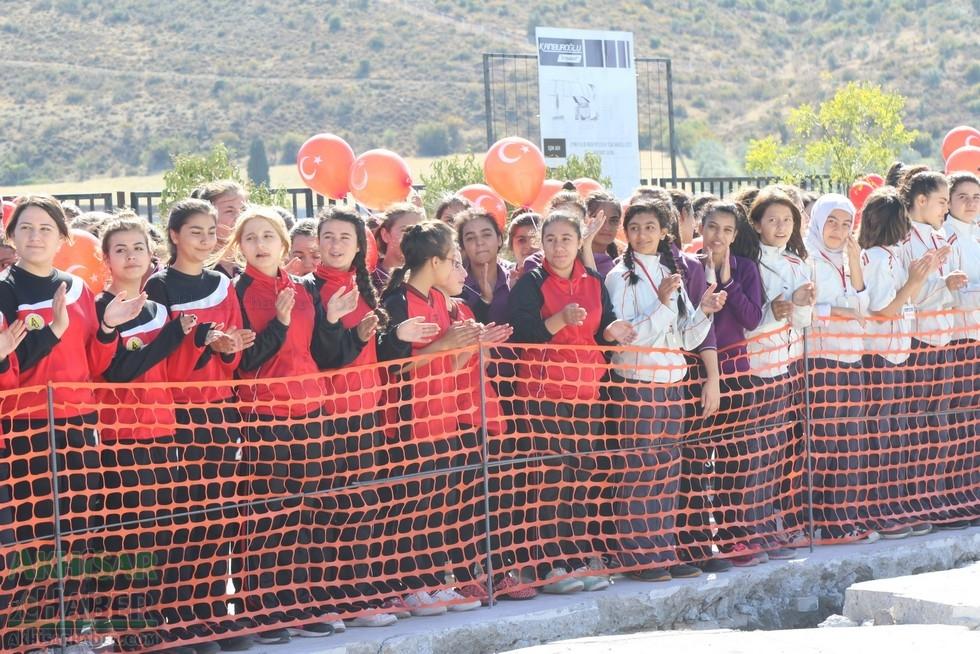 Fotoğraflarla Z.G.Ö. Kız Meslek Anadolu Lisesi Akıllı Spor Salonu Temel galerisi resim 20
