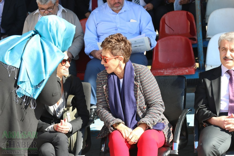 Fotoğraflarla Z.G.Ö. Kız Meslek Anadolu Lisesi Akıllı Spor Salonu Temel 29