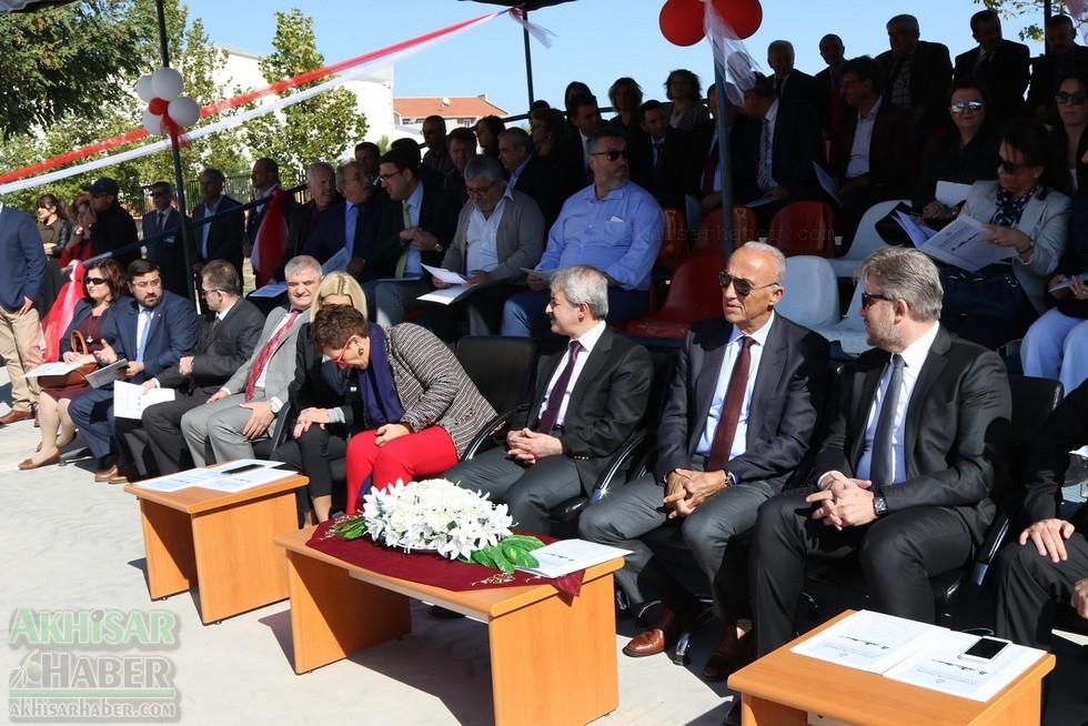 Fotoğraflarla Z.G.Ö. Kız Meslek Anadolu Lisesi Akıllı Spor Salonu Temel 31