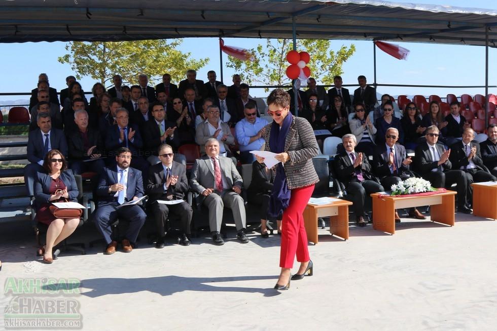 Fotoğraflarla Z.G.Ö. Kız Meslek Anadolu Lisesi Akıllı Spor Salonu Temel 55