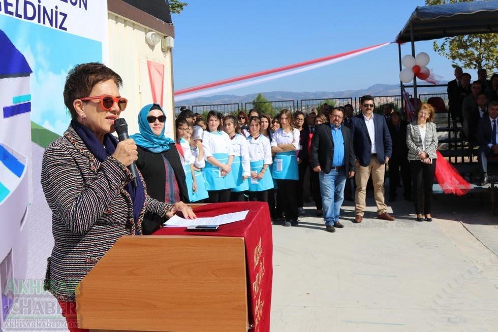 Fotoğraflarla Z.G.Ö. Kız Meslek Anadolu Lisesi Akıllı Spor Salonu Temel 59