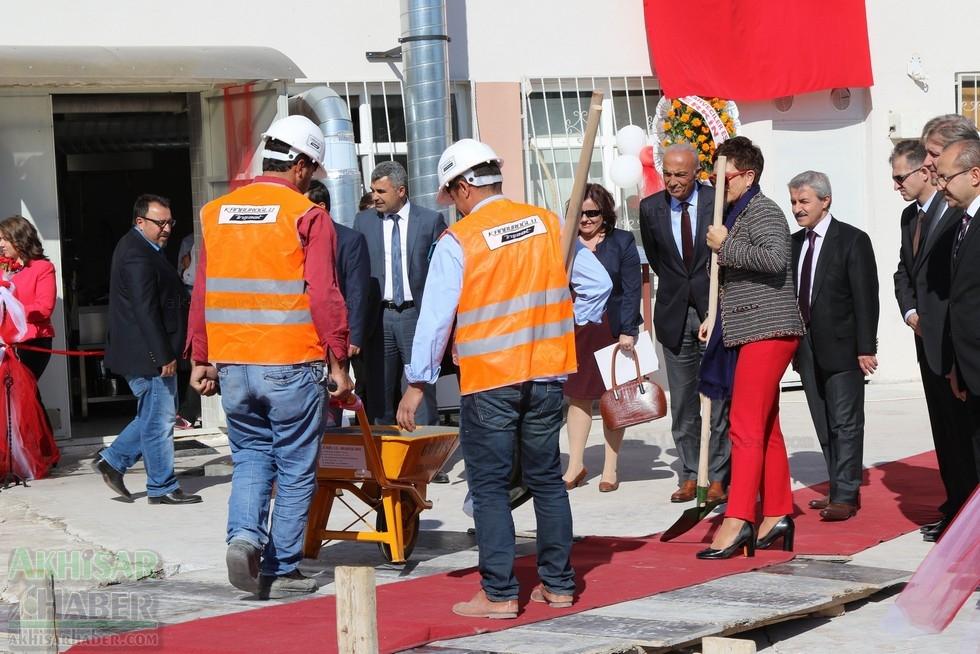 Fotoğraflarla Z.G.Ö. Kız Meslek Anadolu Lisesi Akıllı Spor Salonu Temel 69