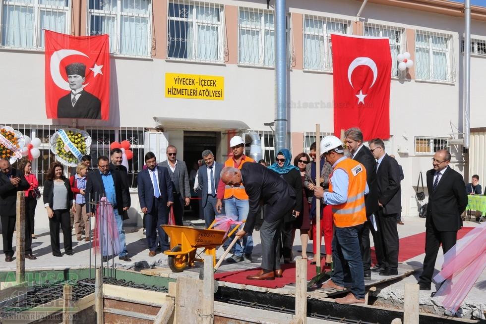 Fotoğraflarla Z.G.Ö. Kız Meslek Anadolu Lisesi Akıllı Spor Salonu Temel 76