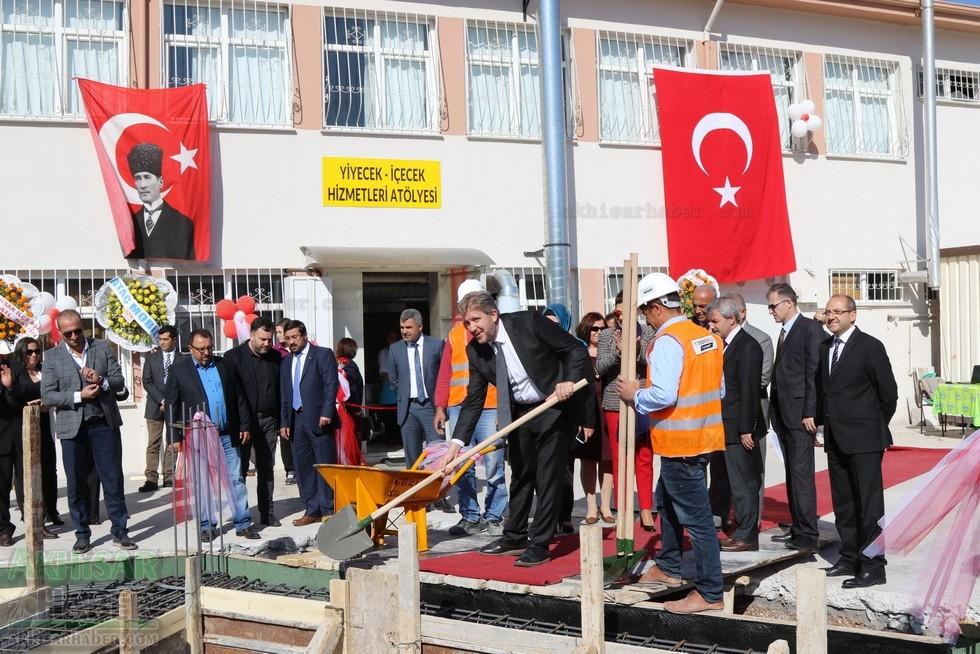 Fotoğraflarla Z.G.Ö. Kız Meslek Anadolu Lisesi Akıllı Spor Salonu Temel 77