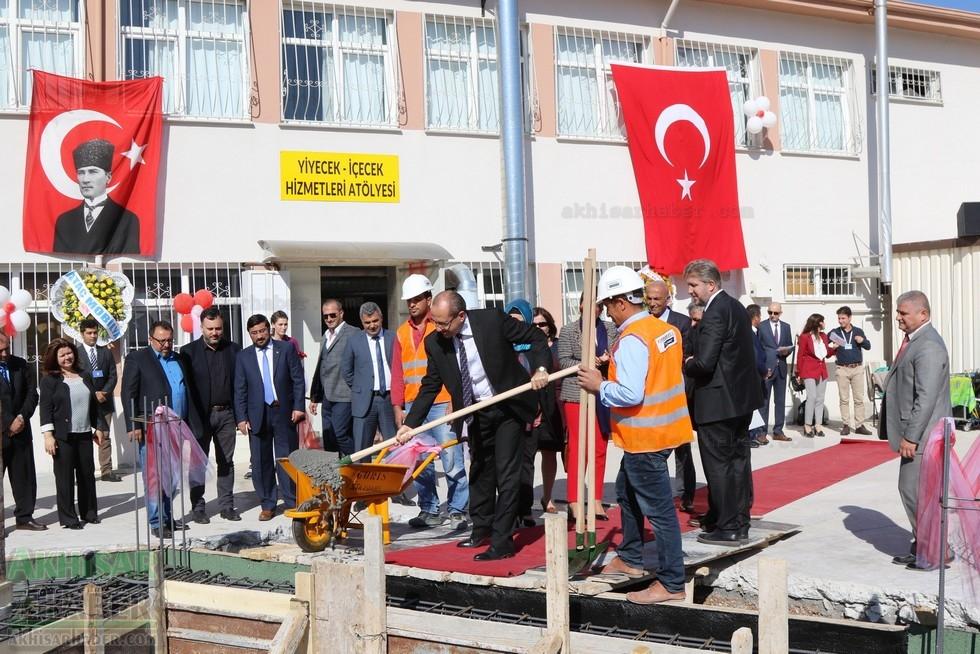 Fotoğraflarla Z.G.Ö. Kız Meslek Anadolu Lisesi Akıllı Spor Salonu Temel 81